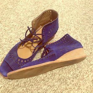 Royal blue lace up vaneli sandals. Size 12